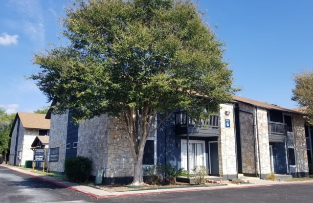Uptown Heights - 2803 Woodbury Dr, San Antonio, TX 78217