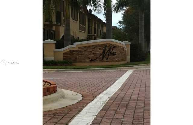 3189 NW 102nd Path - 3189 NW 102nd Pl, Doral, FL 33172