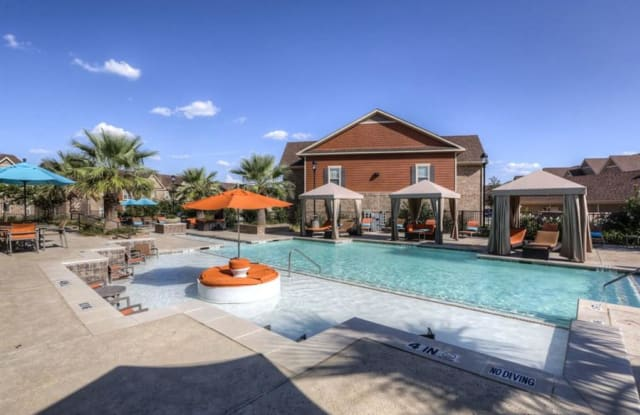 Villas at Spring Trails - 901 New Meister Ln, Pflugerville, TX 78660