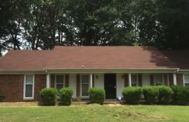 5902 Oakland Hills Lane - 5902 Oakland Hills Lane, Memphis, TN 38115