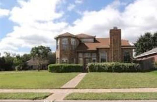 920 Moore Street - 920 Moore Street, Cedar Hill, TX 75104