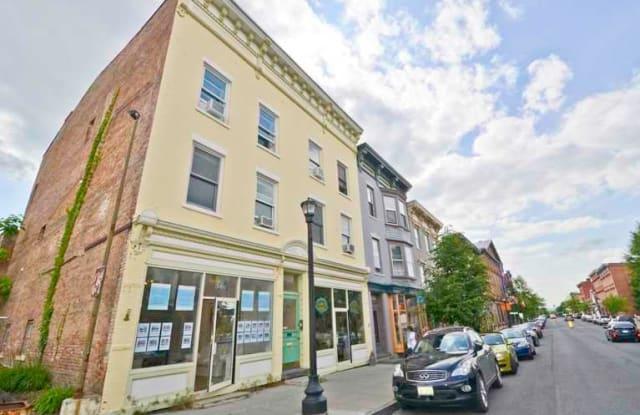 345 WARREN ST - 345 Warren Street, Hudson, NY 12534