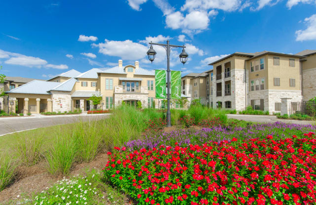 Grand at the Dominion Apartments - 23910 W Interstate 10, San Antonio, TX 78257
