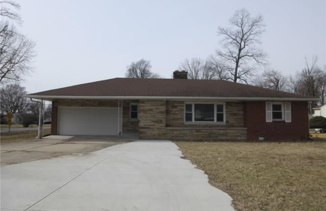 3953 South Scatterfield Road - 3953 Scatterfield Road, Anderson, IN 46013