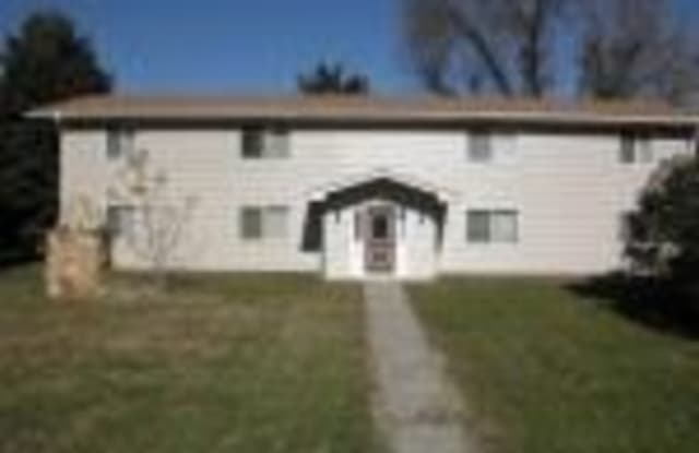 802 Broadway - 802 Broadway Avenue, Valley Springs, SD 57068
