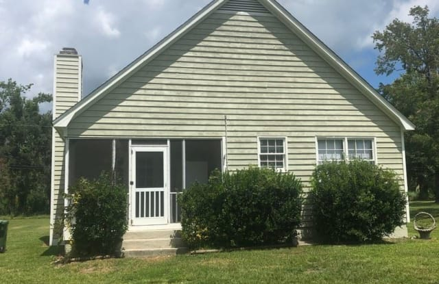 6313 1/2 Wrightsville Ave - 6313 1/2 Wrightsville Ave, Wilmington, NC 28403