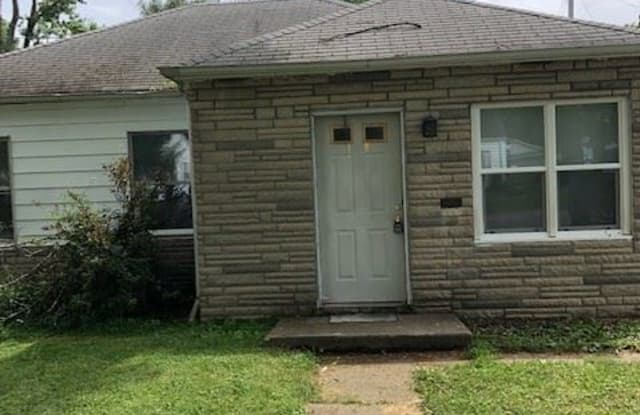 4407 S Colonial Ave - 4407 South Colonial Avenue, Fort Wayne, IN 46806