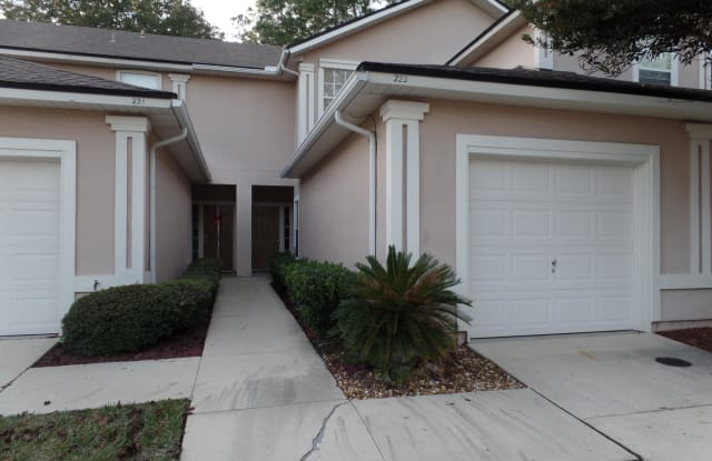 223 NORTHBRIDGE CT - 223 Northbridge Court, Fruit Cove, FL 32259