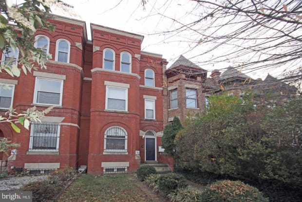 1443 E CAPITOL STREET SE - 1443 East Capitol Street Northeast, Washington, DC 20003