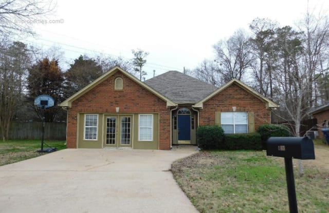 165 Hickory Point Drive - 165 Hickory Point Drive, Helena, AL 35080