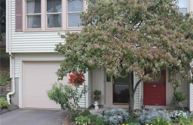 127 Springbrook Drive - 127 Springbrook Drive, Glastonbury Center, CT 06033