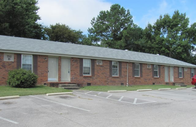 752 Bancroft Drive - 752 Bancroft Cir, Clarksville, TN 37042
