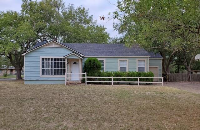 742 Garden Acres - 742 Garden Acres Boulevard, Bryan, TX 77802