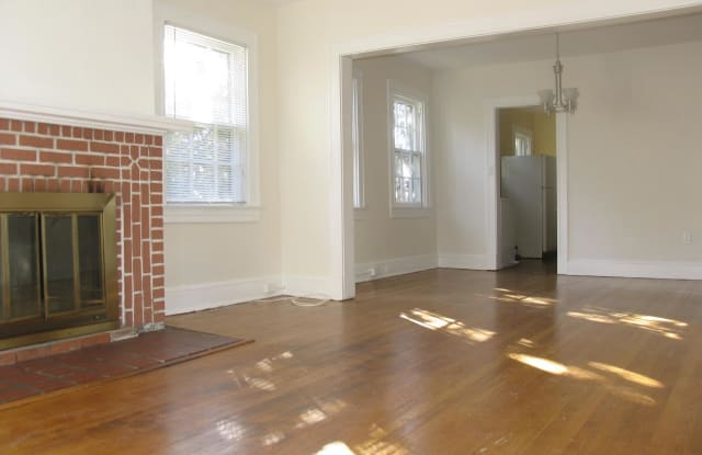 411 E LAKE AVENUE - 411 East Lake Avenue, Baltimore, MD 21212