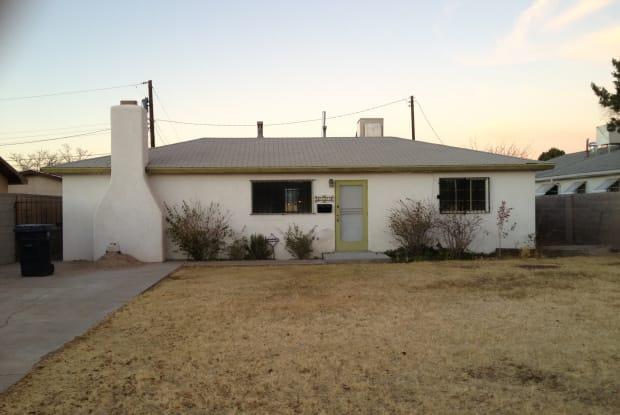 1213 Headingly Ave NW - 1213 Headingly Avenue Northwest, Albuquerque, NM 87107