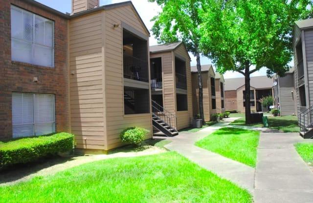 Nichols Square Apartments - 2901 Hamman Rd, Bay City, TX 77414