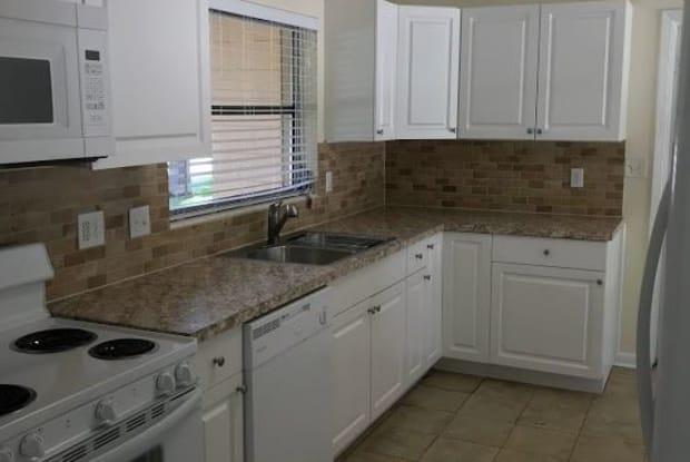 234 NW 34th Street - 234 Northwest 34th Street, Gainesville, FL 32607