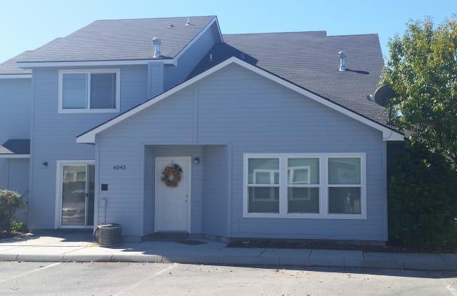 6043 W PORT PL APT 102 - 6043 W Port Ln, Boise, ID 83703
