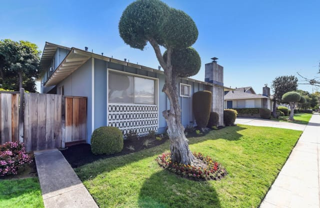 Villas at Campbell - 1670 Whitwood Lane #1, Campbell, CA 95008