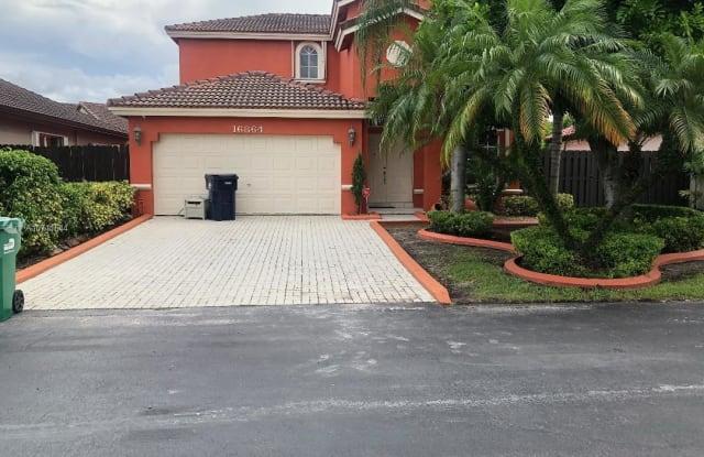 16864 SW 90th Ter - 16864 Southwest 90th Terrace, The Hammocks, FL 33196