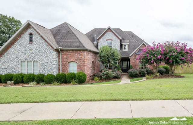 3595 Township ST - 3595 East Township Street, Fayetteville, AR 72703