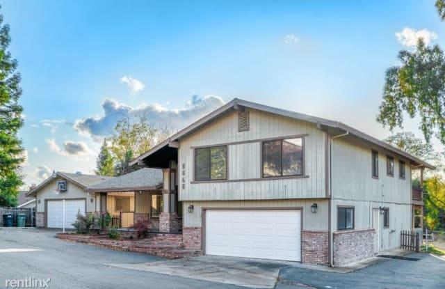 8868 Oak Ave - 8868 Oak Avenue, Orangevale, CA 95662