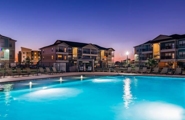 Crenshaw Grand Apartments - 5400 Crenshaw Rd, Pasadena, TX 77505