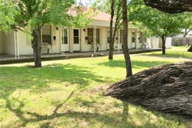 1601 S 7th Street - 1601 South 7th Street, Abilene, TX 79602