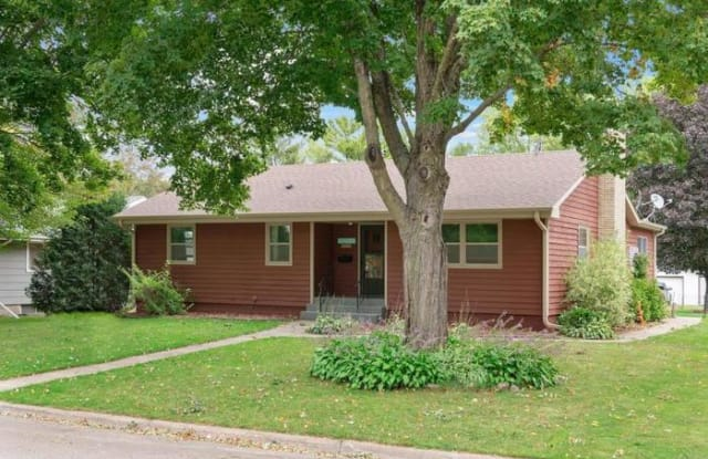 515 4th Avenue Southeast - 515 4th Ave SE, Milaca, MN 56353