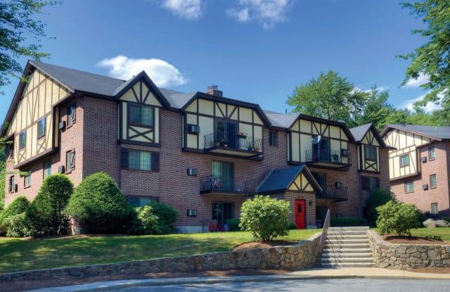 Royal Crest Estates Apartments - 1 Newcastle Dr, Nashua, NH 03060