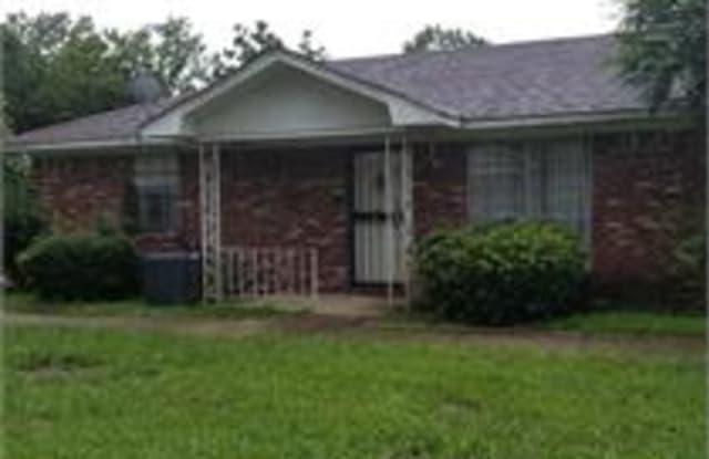 909 Cotton Avenue Southwest - B - 909 Cotton Avenue Southwest, Birmingham, AL 35211