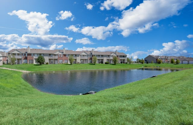 Watersedge Apartments - 936 Waterview Way, Champaign, IL 61822