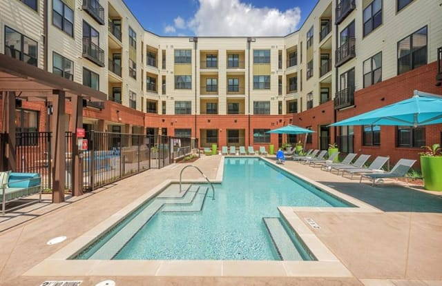 The Lincoln Apartments - 408 E Hargett St, Raleigh, NC 27601