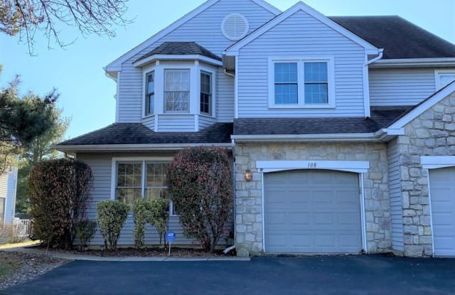 108 Cross Country Ct - 108 Cross Country Court, Montgomery County, PA 19454