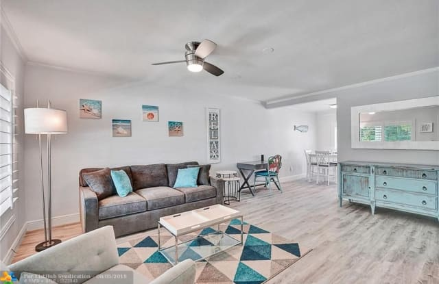 2516 NE 12th St - 2516 Northeast 12th Street, Fort Lauderdale, FL 33304