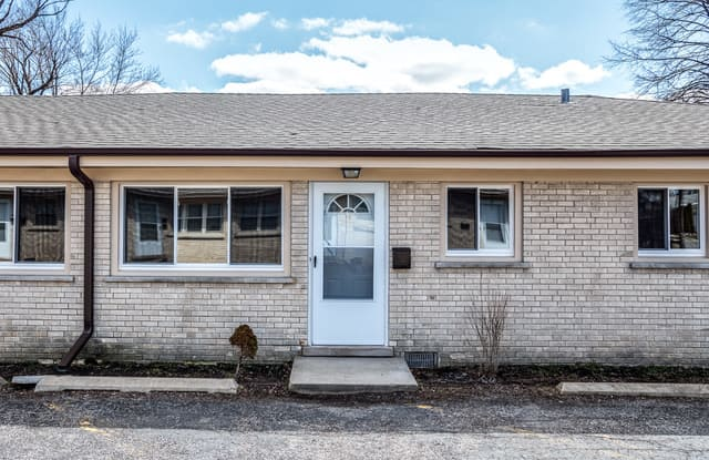 601 North Highview Avenue - 601 North Highview Avenue, Addison, IL 60101