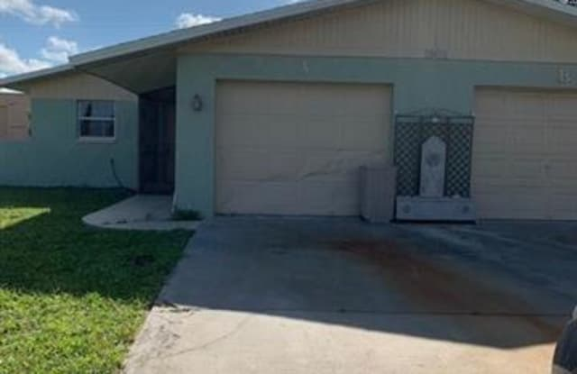 1901 SE 15th PL - 1901 Southeast 15th Place, Cape Coral, FL 33990