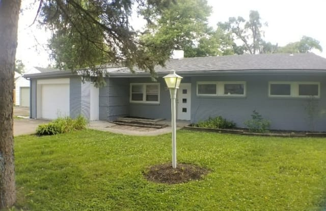 316 South Willow Road - 316 South Willow Road, Muncie, IN 47304