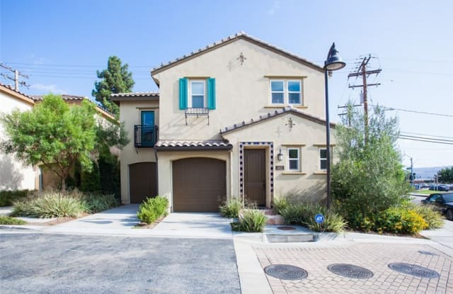 662 Calle Valle - 662 Calle Valle, Industry, CA 91789