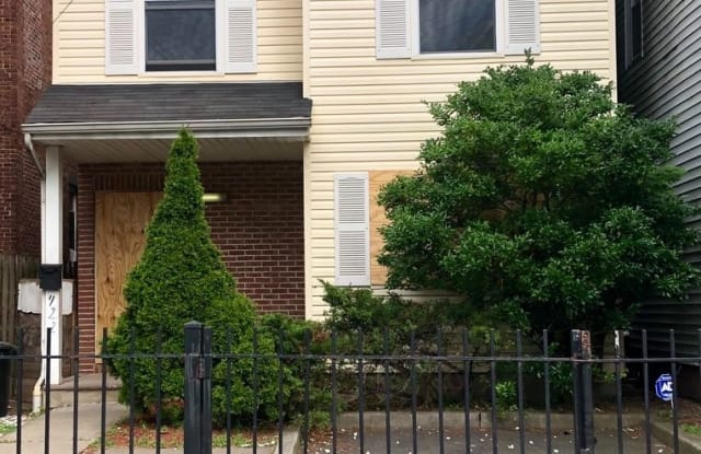 422 South 17th Street - 422 South 17th Street, Newark, NJ 07103