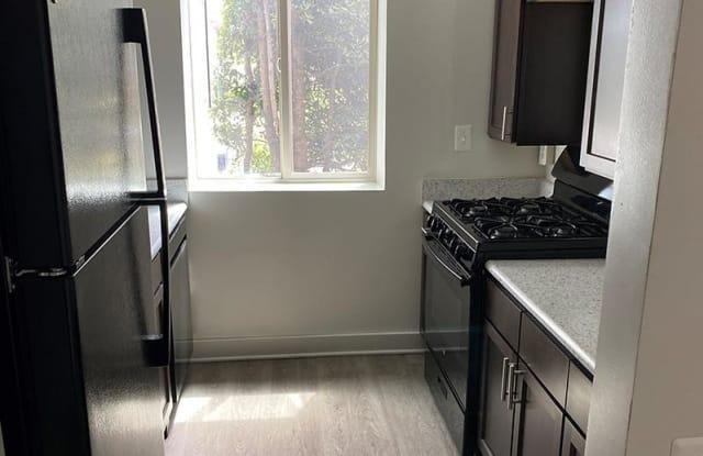 Parkwood Apartments - 3421 Glen Carlyn Drive Suite #100, Falls Church, VA 22041