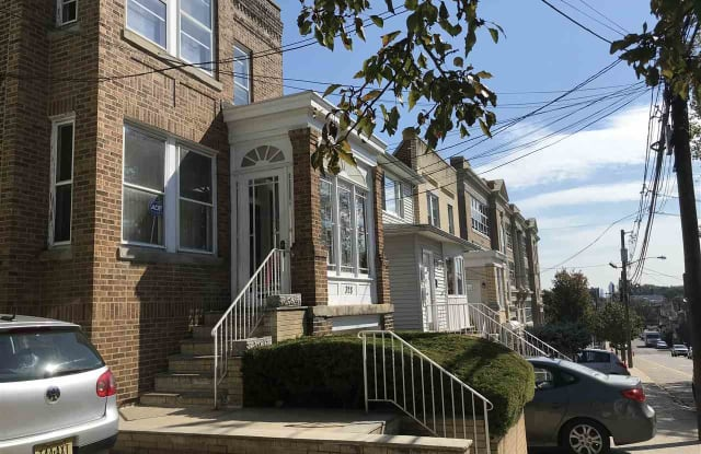 328 74TH ST - 328 74th Street, North Bergen, NJ 07047