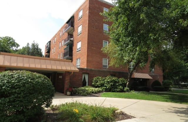 460 West Downer Place - 460 West Downer Place, Aurora, IL 60506