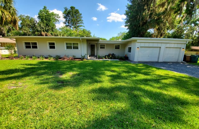 1544 SE 13th st St - 1544 Southeast 13th Street, Ocala, FL 34471