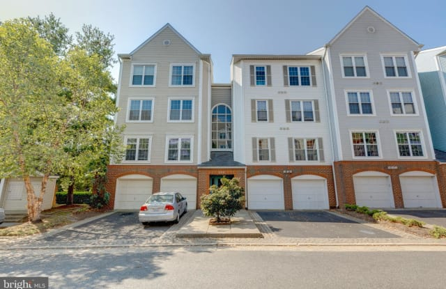 253 S PICKETT STREET - 253 South Pickett Street, Alexandria, VA 22304