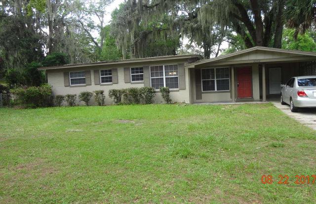 2252 FOURAKER RD - 2252 Fouraker Road, Jacksonville, FL 32210