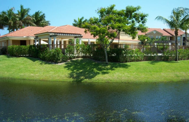 813 Villa Circle - 813 Villa Cir, Boynton Beach, FL 33435