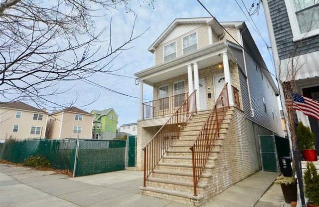 39 WEST 34TH ST - 39 West 34th Street, Bayonne, NJ 07002