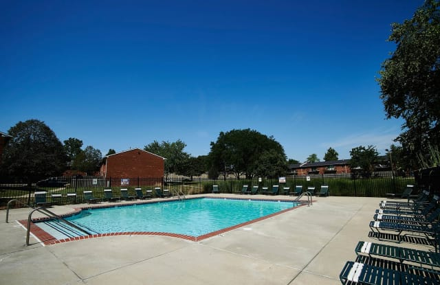 Ashton Pointe Apartments of Indianapolis - 42 N Lawndale Ave, Indianapolis, IN 46224