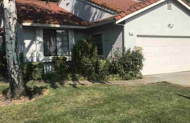 595 Mulqueeney St - 595 Mulqueeney Street, Livermore, CA 94550